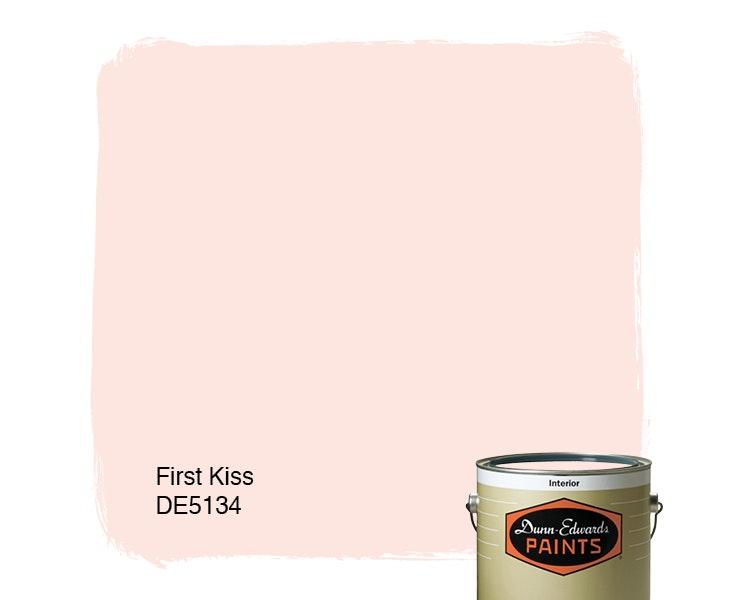 First Kiss paint color DE5134